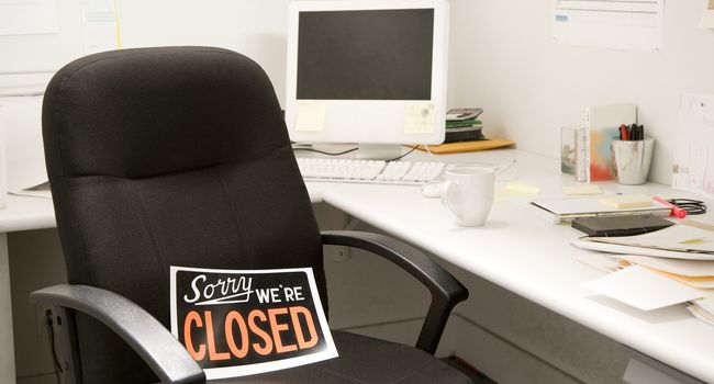 Office Desk Chair With Closed Sign